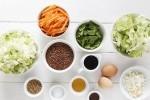 洋白菜 豆泡炒洋白菜的做法