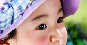 冬季宝宝红脸蛋的解决方法
