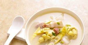萝卜炖排骨 红薏仁炖萝卜排骨汤
