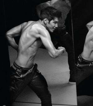 2PM新专辑性感野性美