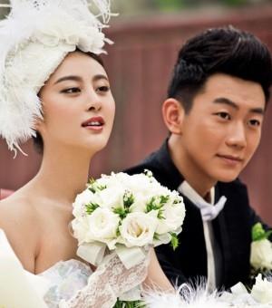 甘露唯美梦幻婚纱照曝光 奢华质感诠释贵族气质