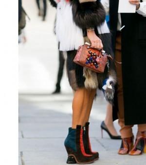 巴黎时装周:盘点秀场之外最美丽最吸睛靓包