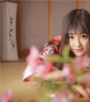 日本少女性感和服写真  花丛中的媚态诱惑不断