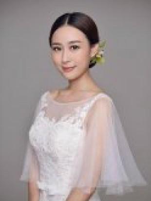 时尚新娘造型尽显高贵优雅
